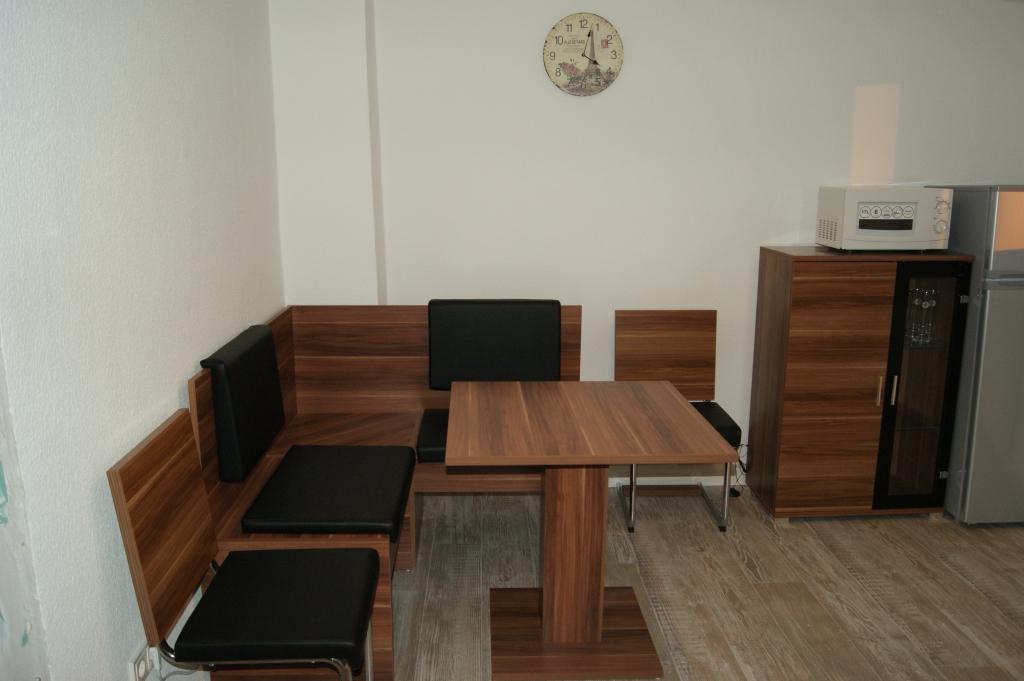 Ferienwohnungen Sidun - Hattingen / der Essplatz in der Küche